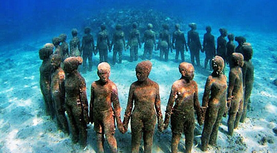 Grenada-Under-water-sculptures-1